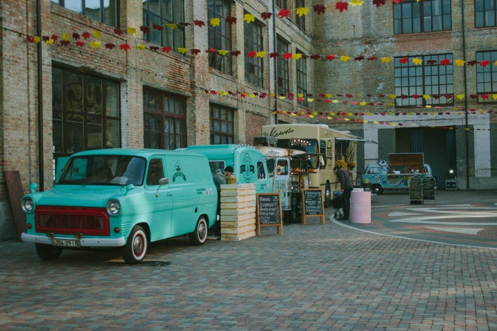 STREET TO THE POINT – Adapting your wedding to feature delicious food from local vendors